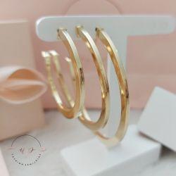 Brinco de argola tubo quadrada média folheado em ouro18k